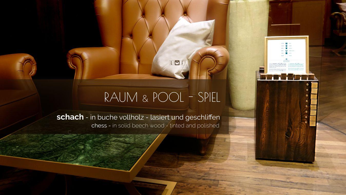 SAM_7187-LEO-and-FISH-pool-und-raum-spiel-mühle-Grand-Hyatt-Berlin-vox-bar-mit_text-klein