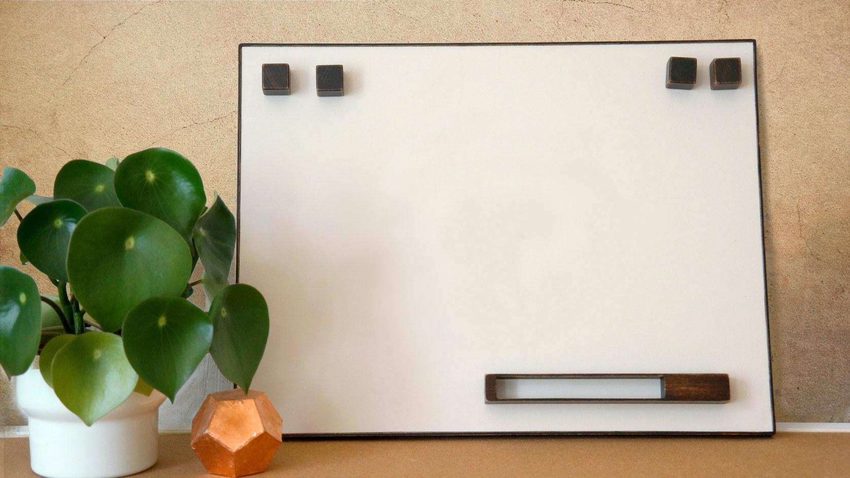 Magnet-Board-leo-and-fish-Susi-blanko-klein-